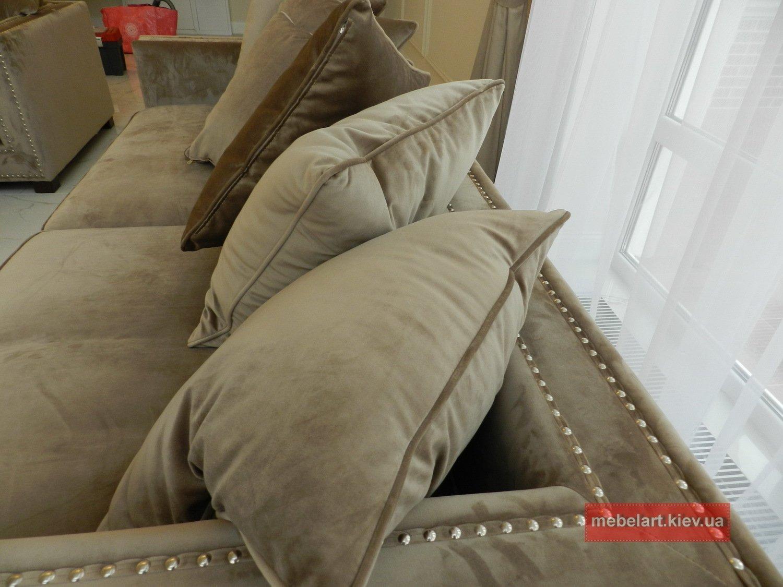 Мягкая мебель коричневого цвета под заказ