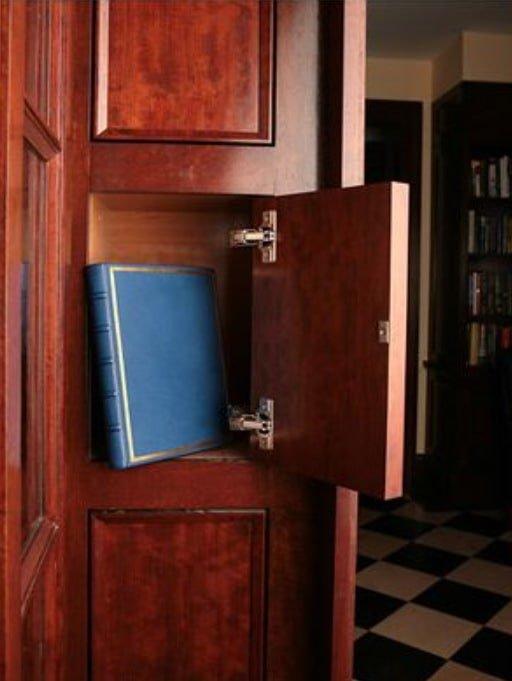 скрытая ечейка в мебели