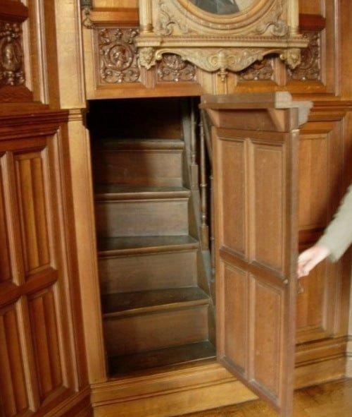 идеи как сделать скрытую комнату