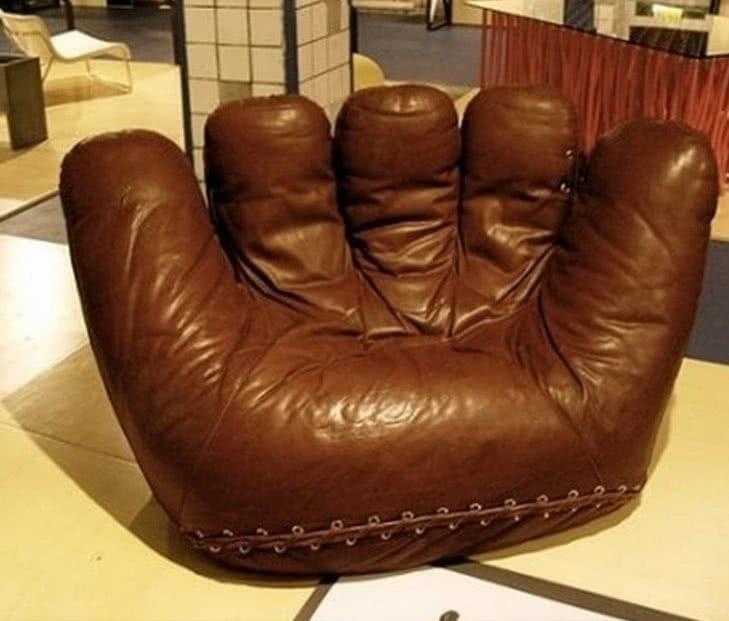 кресло бизбольная перчатка