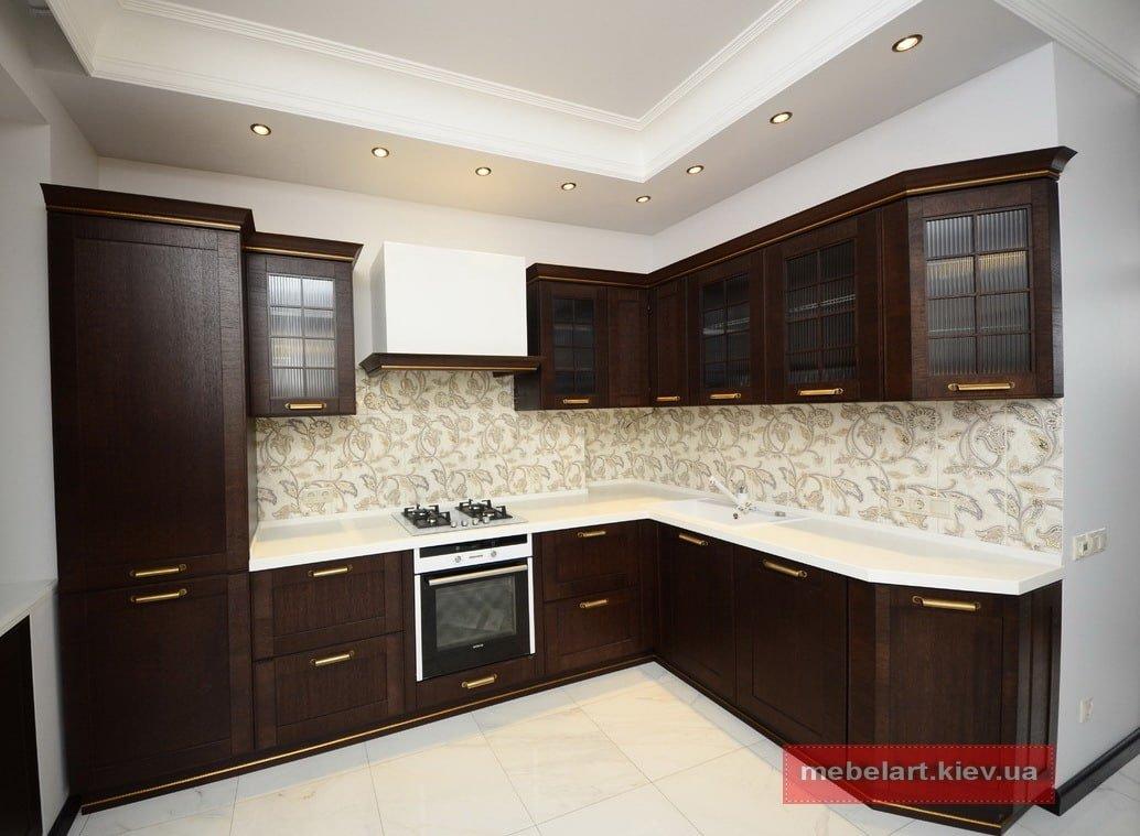 Кухня цвета зебрано