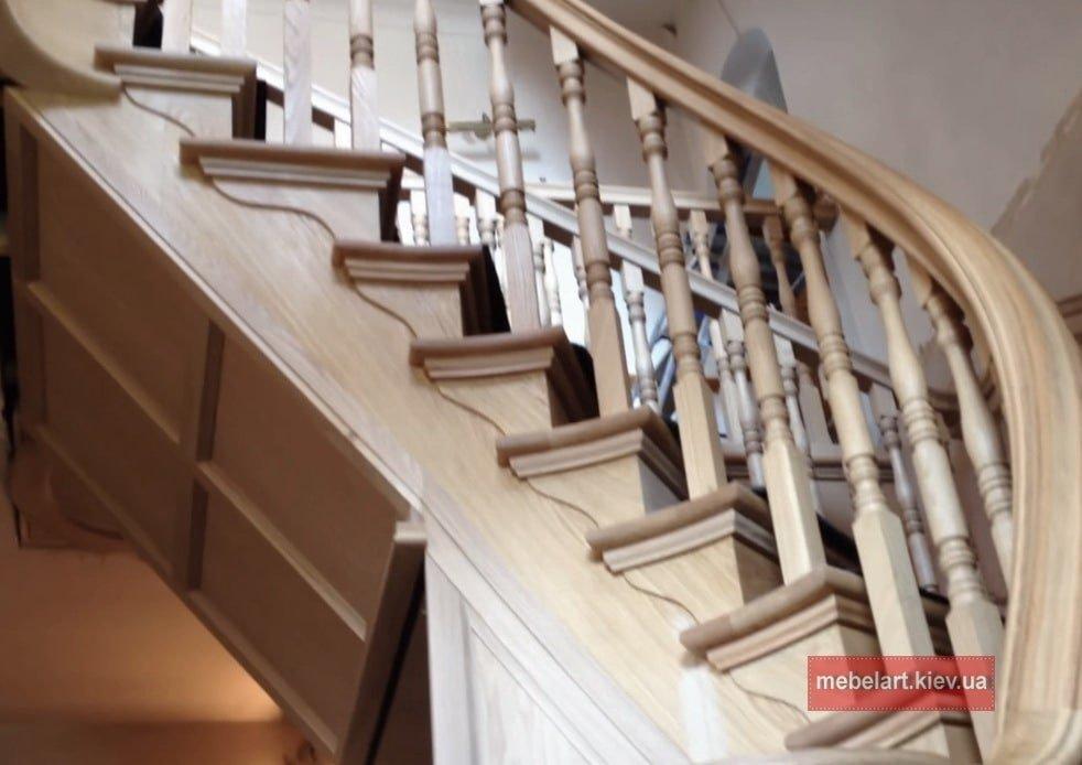 где заказать изготовление лестницы