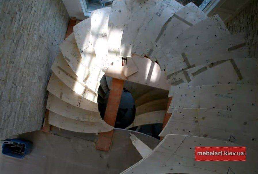 как делать винтовую лестницу