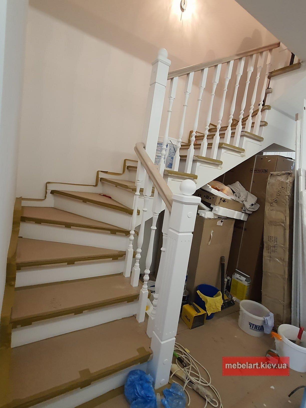 г образная деревянная лестница на заказ Конча заспа