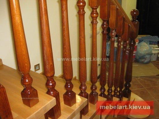 радиусная деревянная лестница