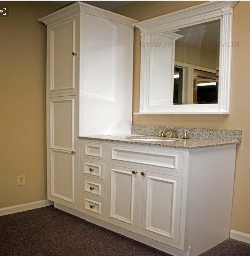 мебель в ванную с деревянными фасадами