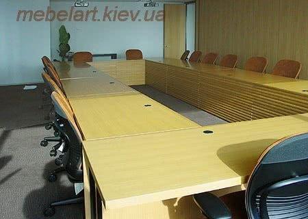 модульный стол для переговоров