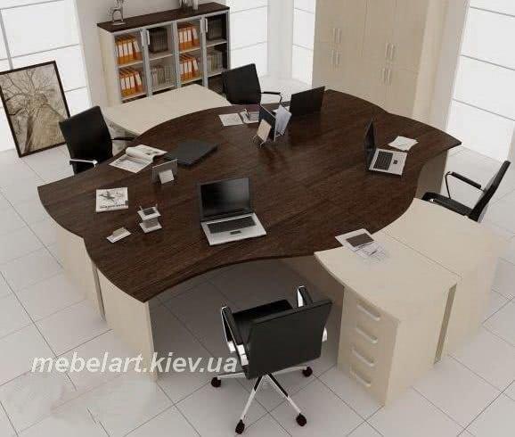 размещение офисных столов