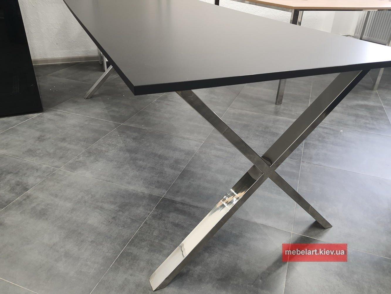 офисной стол для руководителя на заказ с хромированными ножками