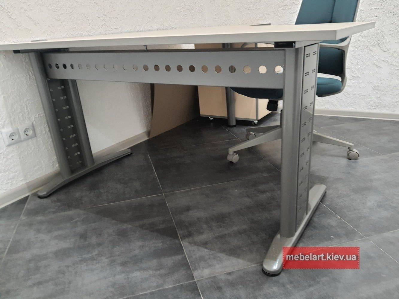 стол в офис с изменением высоты