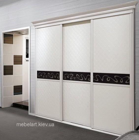 встроенный шкаф для гостиной  на заказ