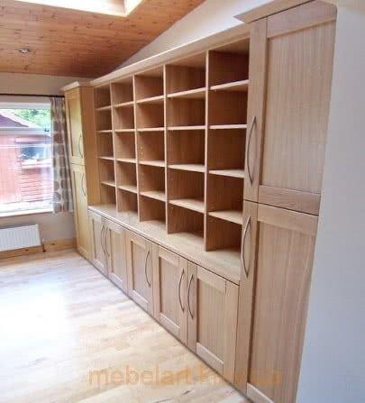 шкафы для книг из дерева
