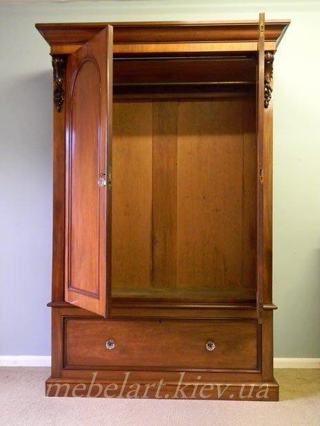 деревяный шкаф на заказ
