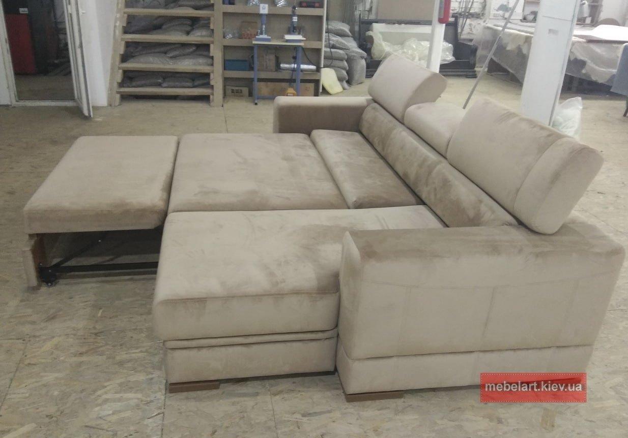 диван со спальным местом и откидной спинкой