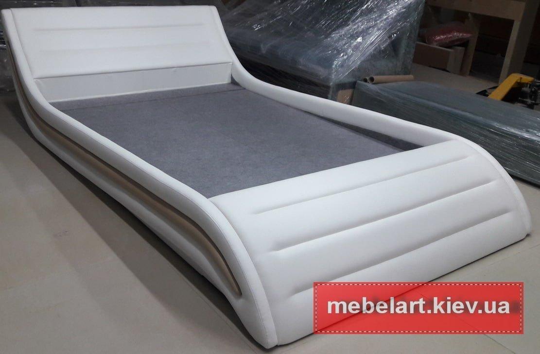 белая кровать Закарпатье