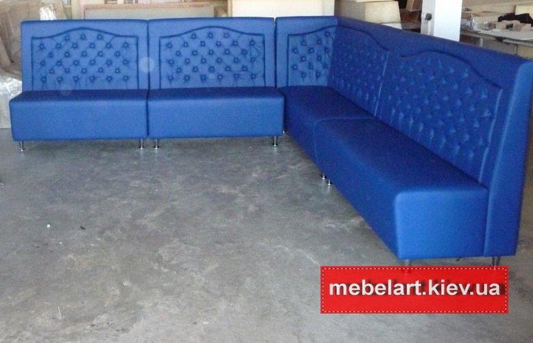 большой угловой синий диван для ресторана на заказ