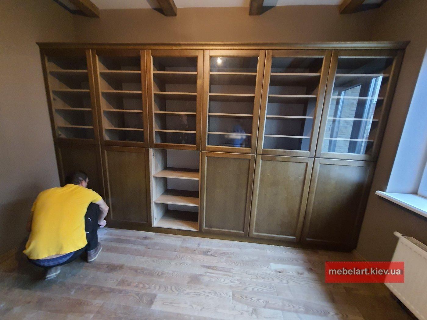 деревянный шкаф для книг заказать изготовление