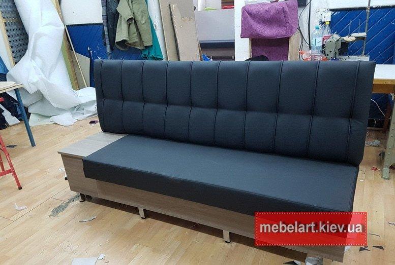 Синий нестандартный диван с нишей для обуви