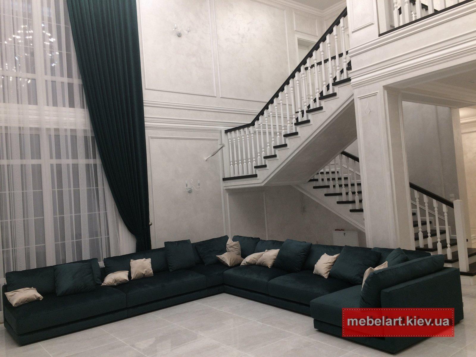 П образный диван в гостинную в Харькове
