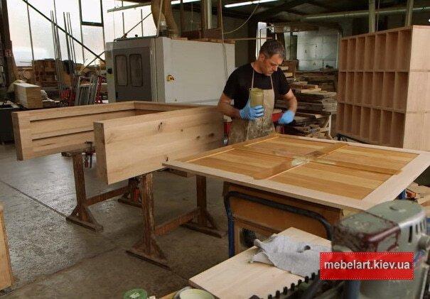 проецсс изготовления барной стойки из массива дерева