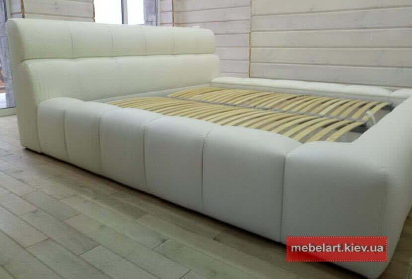 шикарная большая кровать в Одессе