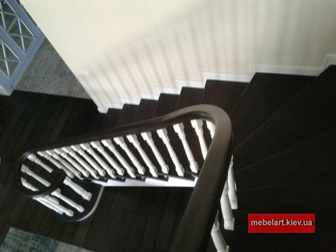 деревянная лестница на виллу под заказ Киев