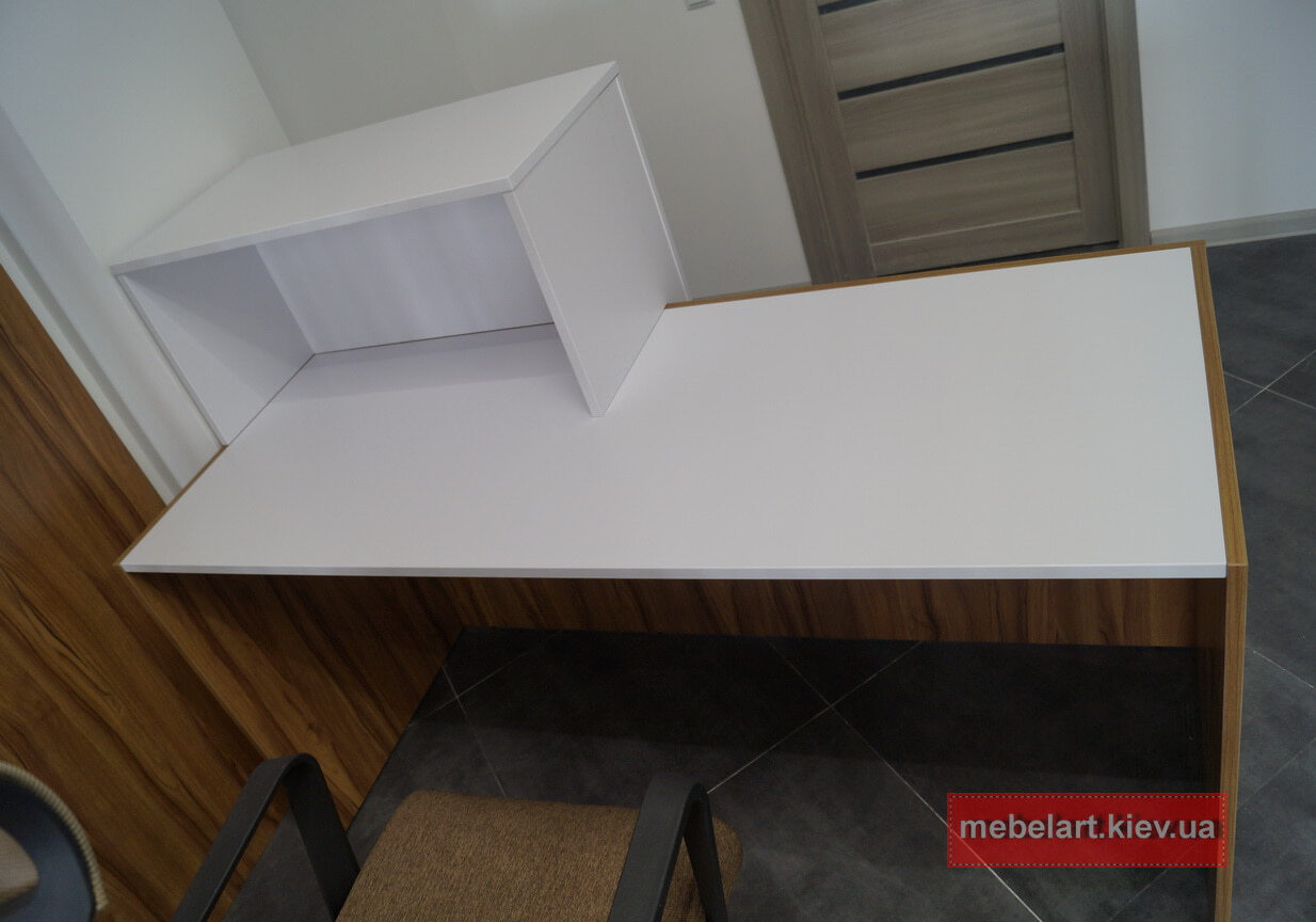 стол с надстройкой на заказ