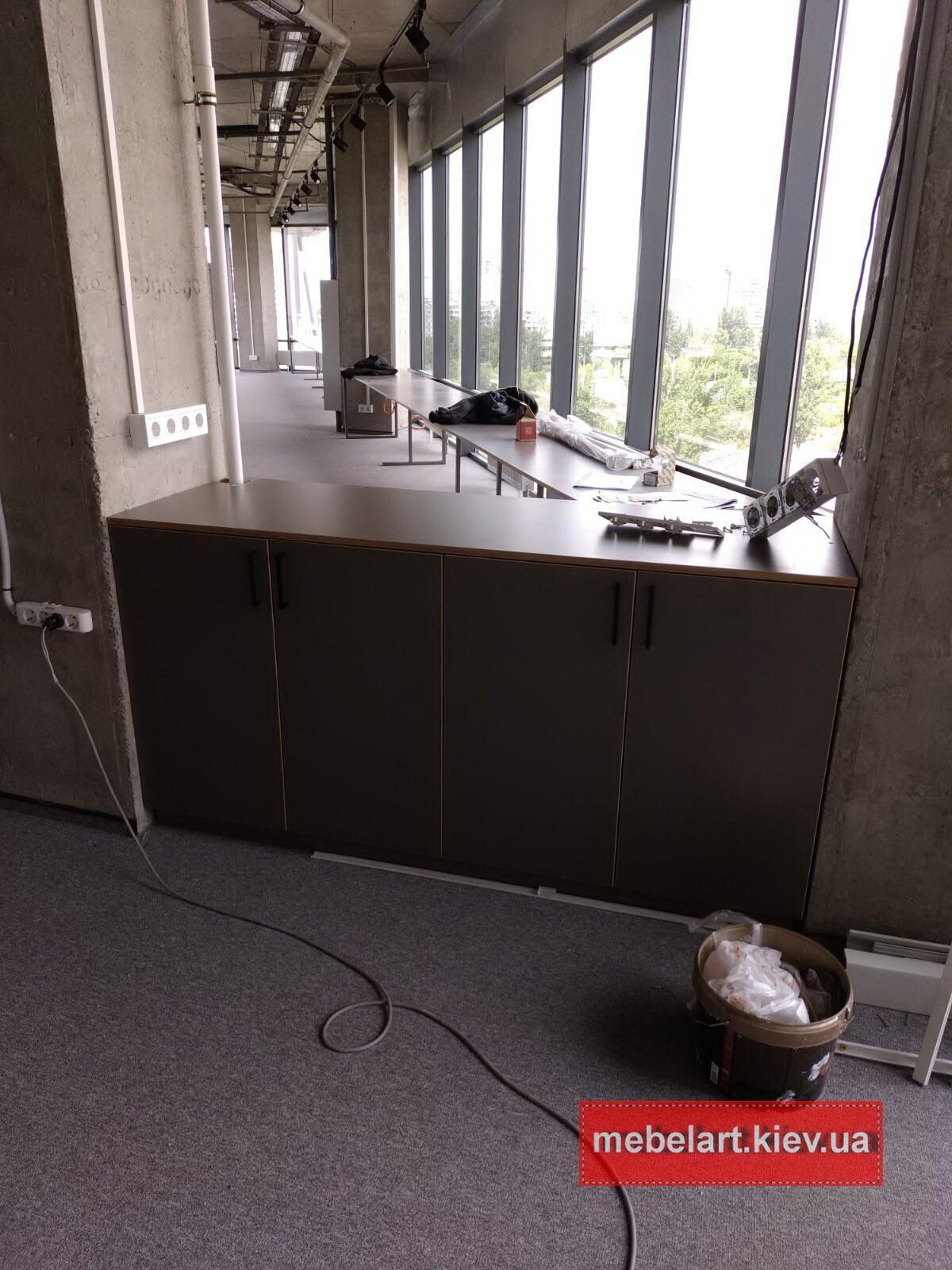 недорогая мебель в офисный центр