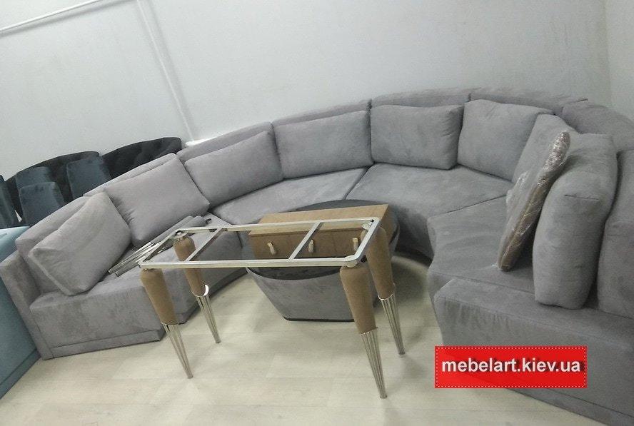 Полукруглый элитный диван в гостиную на заказ