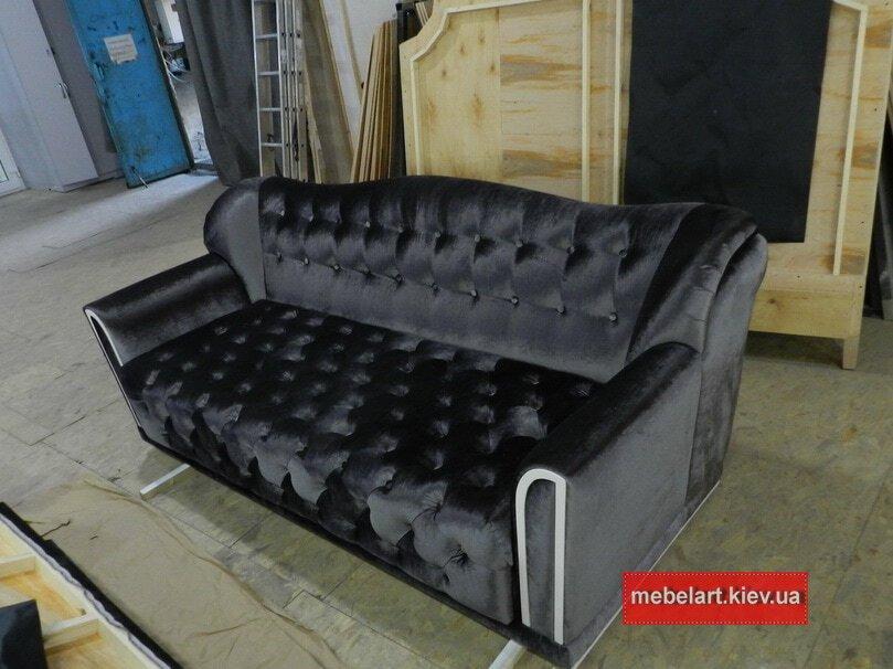серый классический диван раскладной